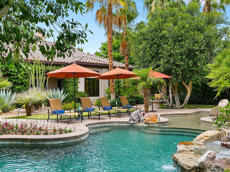 'Casa Azul' 4BR Tropical Oasis at PGA West, Pool, Firepit #24087, casa vacanza a Mecca