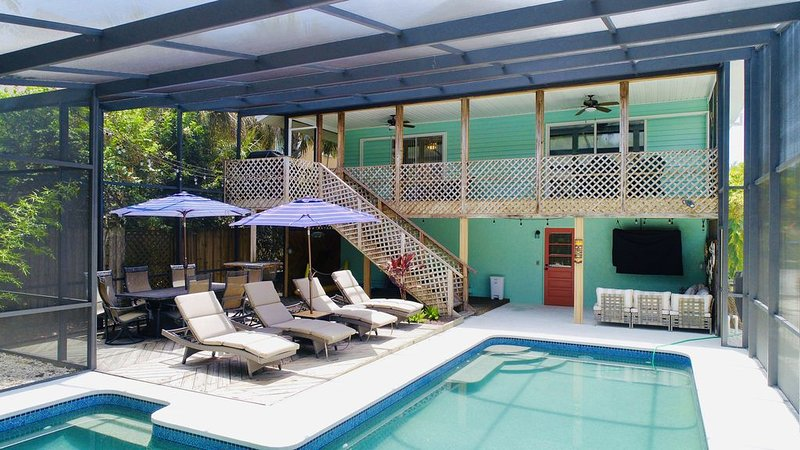Pet friendly Home- Blocks from World Famous Siesta Key Beach, vacation rental in Siesta Key
