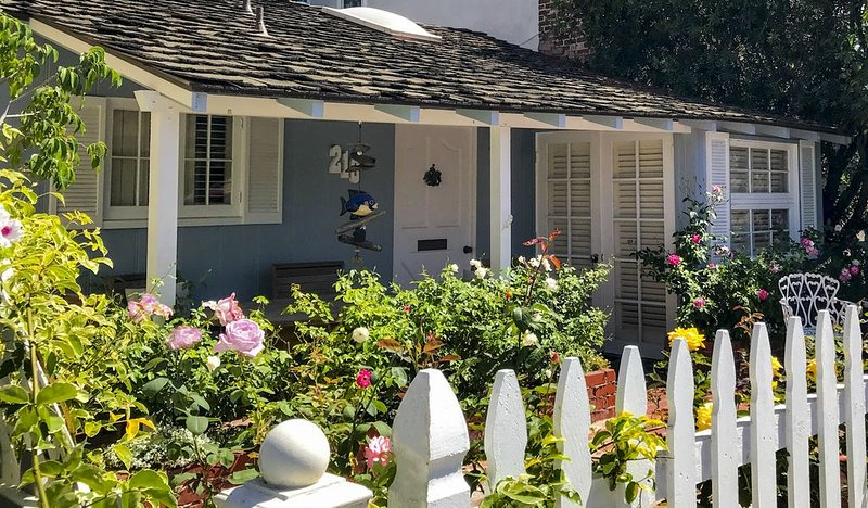 Summer Vacation Rental: Memorial Day to Labor Day - Dog-Friendly, Garage Pkg, alquiler de vacaciones en Balboa Island