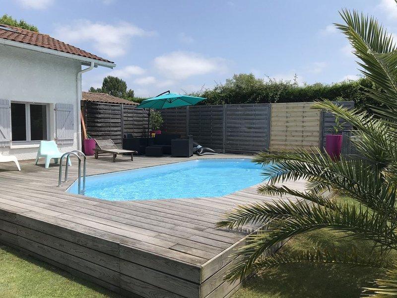Maison individuelle avec piscine et grande terrasse à Tosse, Sud Landes., holiday rental in Saubion