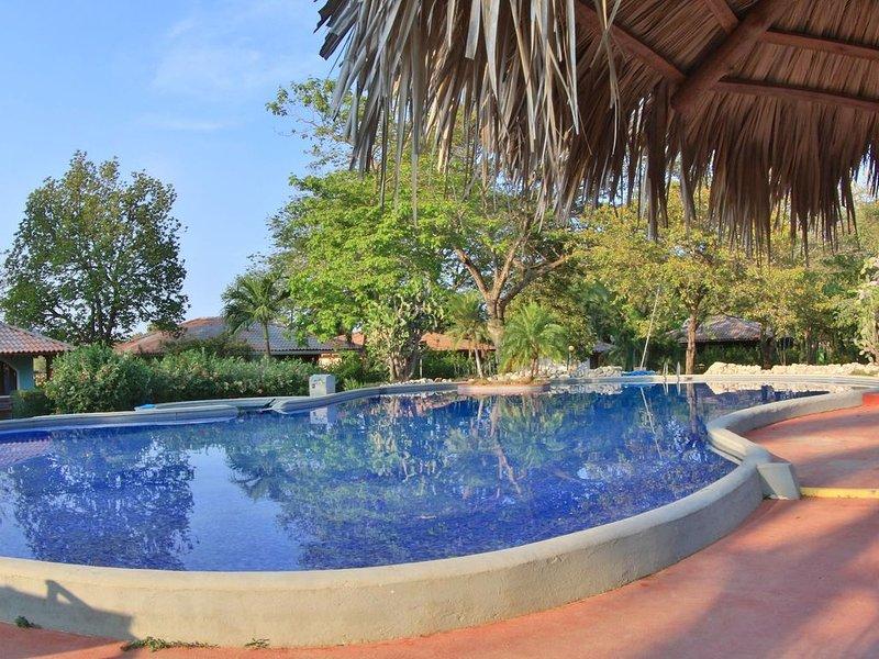 Charming 2 bdrm Tuscany-style Villa – semesterbostad i Playa Prieta
