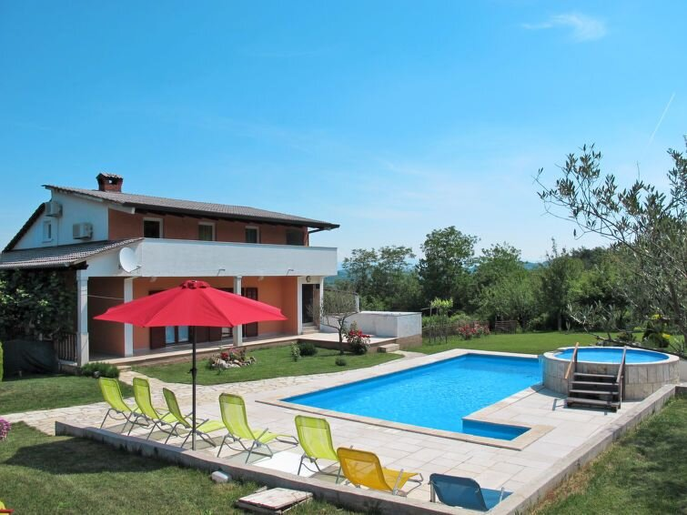 Ferienhaus Nevenka in Motovun - 10 Personen, 4 Schlafzimmer, vacation rental in Karojba