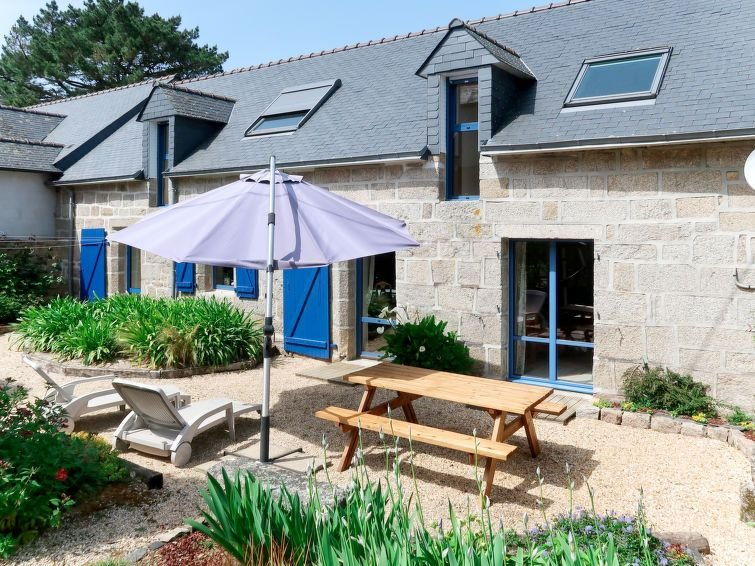 Vacation home in Tregunc, Finistère - 6 persons, 3 bedrooms, holiday rental in Nevez