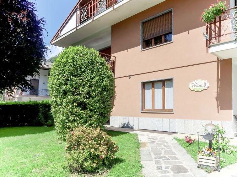 Ferienwohnung Les Maisons della Fattoria 2 (ORA202) in Orta San Giulio - 4 Perso, vacation rental in Casale Corte Cerro