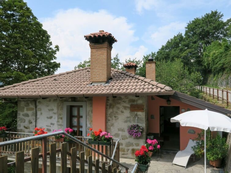 Ferienwohnung Casa Ivan Trinko (NAT470) in Valli del Natisone - 4 Personen, 2 Sc, vacation rental in Stregna