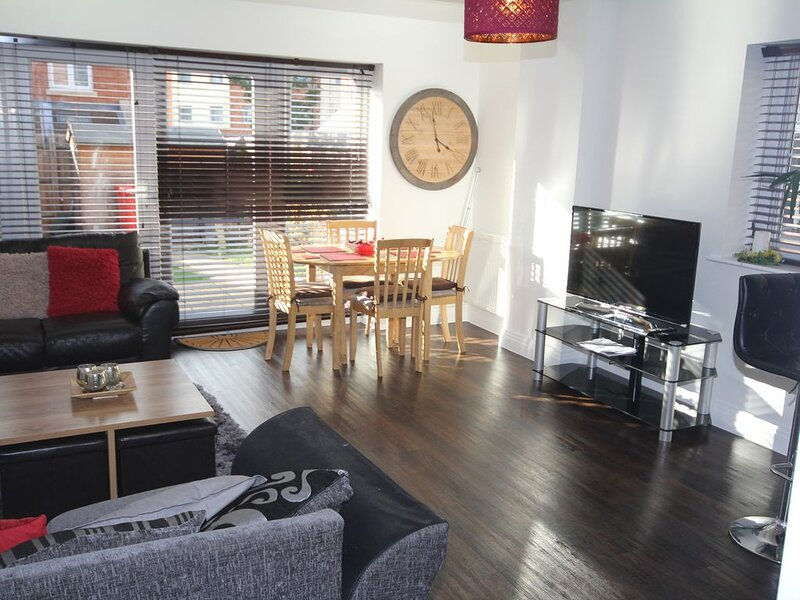 The Langley House, holiday rental in Ickenham