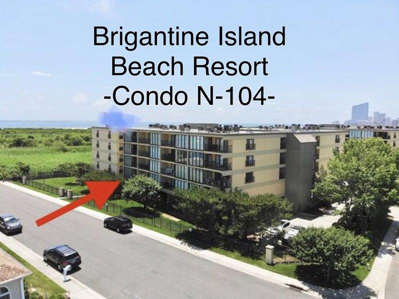 Brigantine Island Beach Resort- Private Pool, Ocean Front, Quiet Beach & WiFi !!, holiday rental in Brigantine