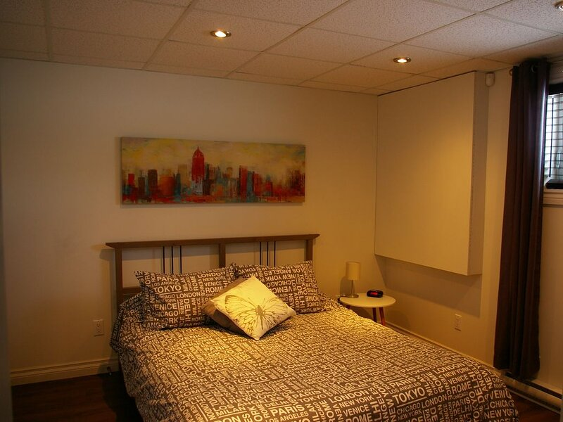 Chambre Moderne à louer, holiday rental in Bas-Saint-Laurent