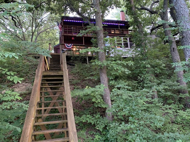 Waterfront house, Lake Wabaunsee, holiday rental in Maple Hill