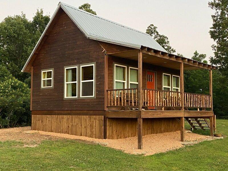 New Cabin Near Kings River, vacation rental in Huntsville