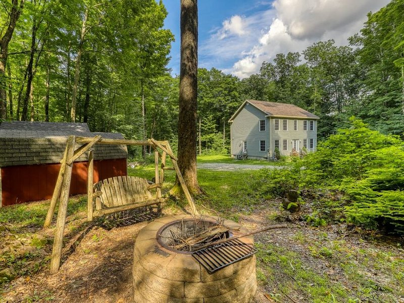 Welcome to Laurel Hill in Beautiful Manchester, VT, holiday rental in West Pawlet