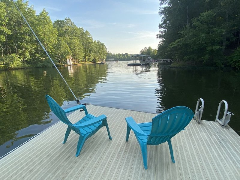 Peaceful Lake Getaway, holiday rental in Wedowee