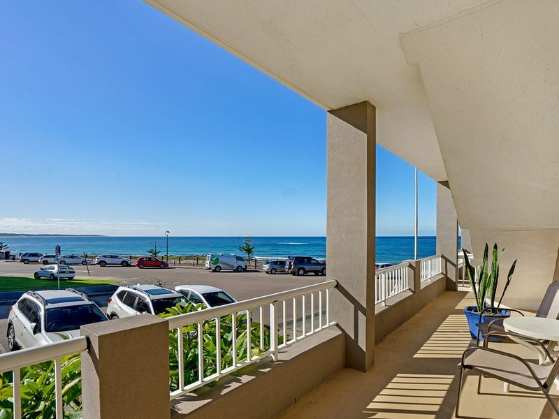 Great Location, Water Views, alquiler vacacional en The Entrance
