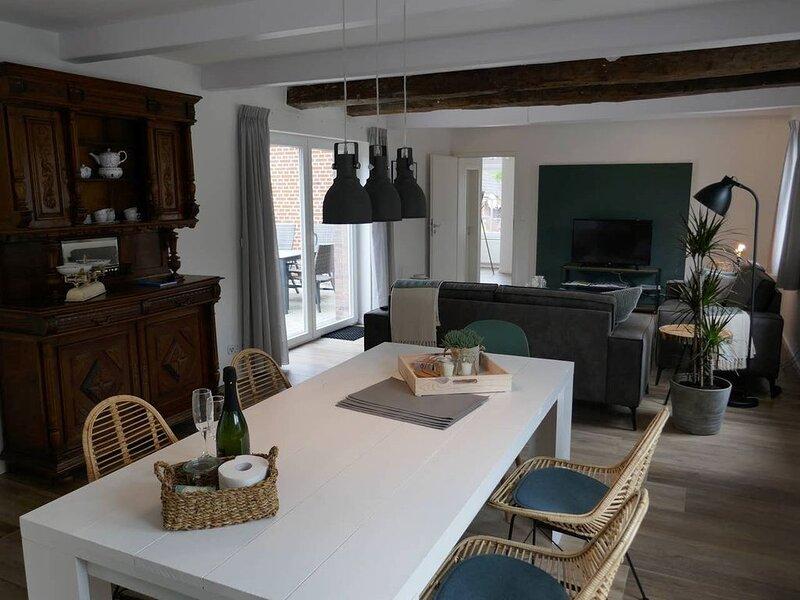 Urlaub genießen in einem historischen Gebäude - Die alte Bäckerei in Hamswehrum, location de vacances à Emden