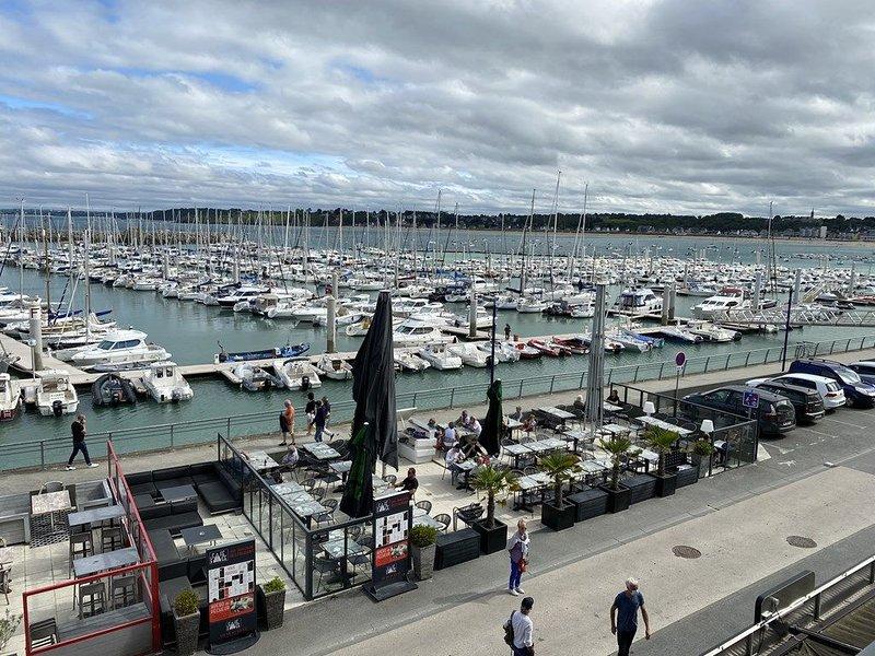 Joli studio sur le port de Saint Cast pour 3 personnes – semesterbostad i Saint-Cast le Guildo