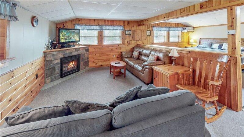 Rough Cut Lodge - Suite 1, location de vacances à Wellsboro