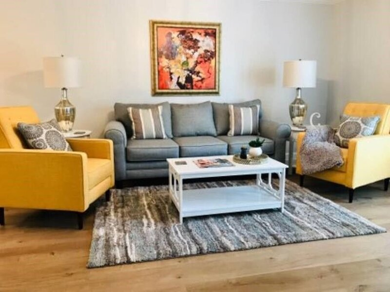 A6: 5★ Modern,Stylish Oxford Getaway.Steps to Ole Miss, holiday rental in University