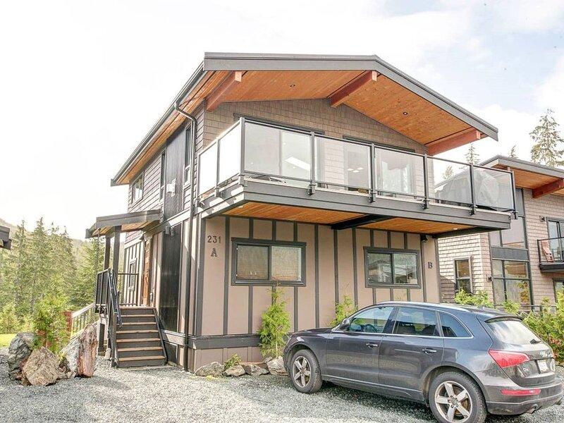 #231 - Shore 2 Please - entire cottage, vacation rental in Port Renfrew