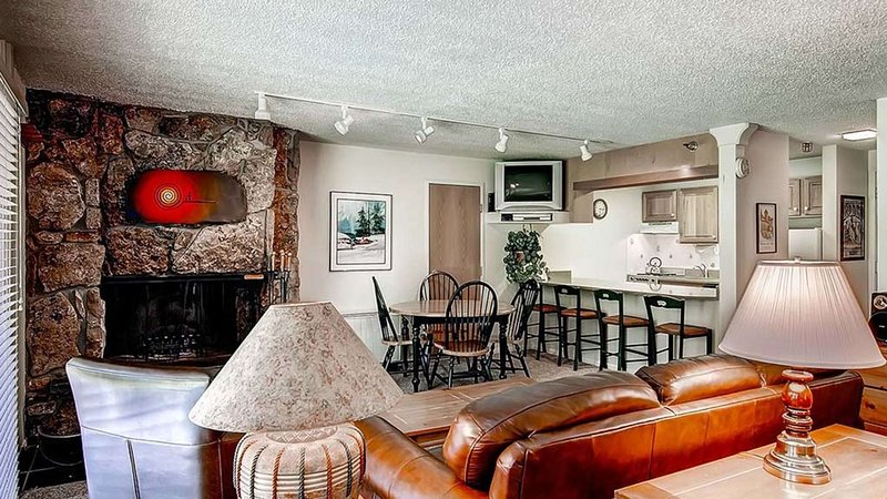 Click to Save 25% Studio, 1 bath in Snowmass, ski-in ski-out, vacation rental in Snowmass Village