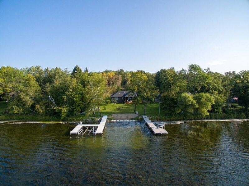 Vacation on Marion Lake, Dent MN.  Amazing level sand beach., holiday rental in Richville