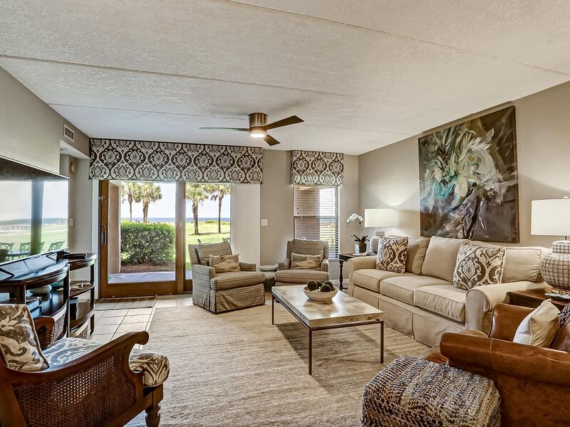 Updated 1st Floor Oceanfront townhouse in Beautiful Summer Beach Village!!!!!, holiday rental in Yulee