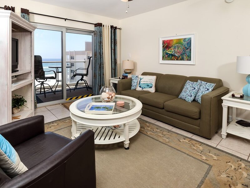 8th Floor Condo On Pensacola Beach, Gulf-View Balcony, Pool On-Site, alquiler de vacaciones en Pensacola Beach
