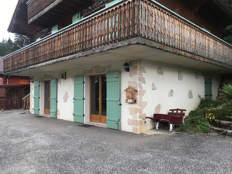 Chalet 6 personnes, aluguéis de temporada em Les Bouchoux