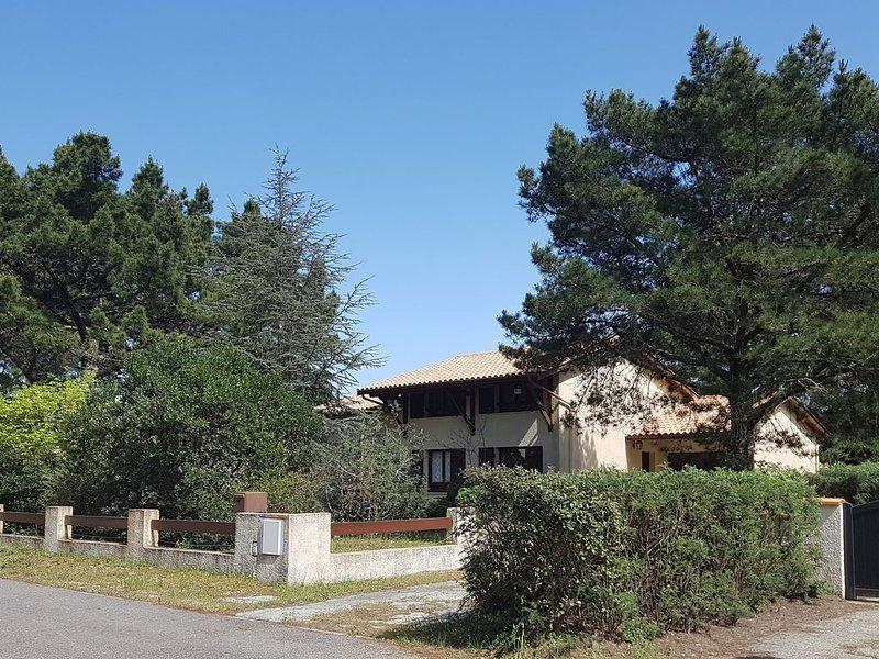 LA maison de vacances, vacation rental in Carcans