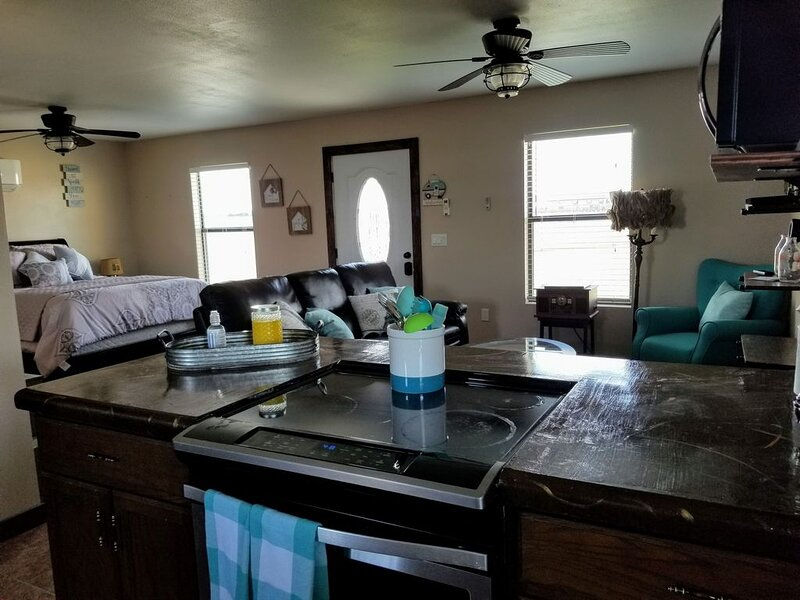This beautiful casita has all the comforts of home!, alquiler de vacaciones en Roswell