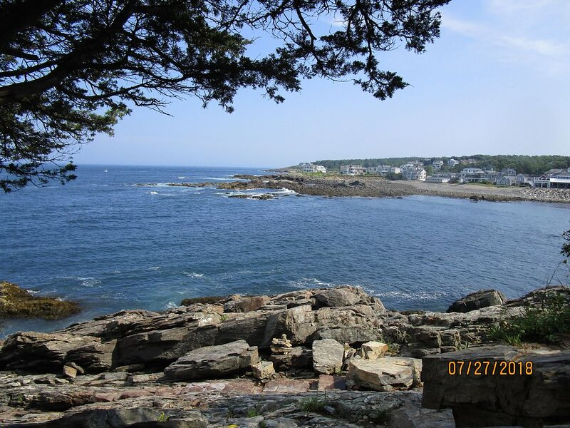 Resort cottage with water views in Maine, vacation rental in Wells