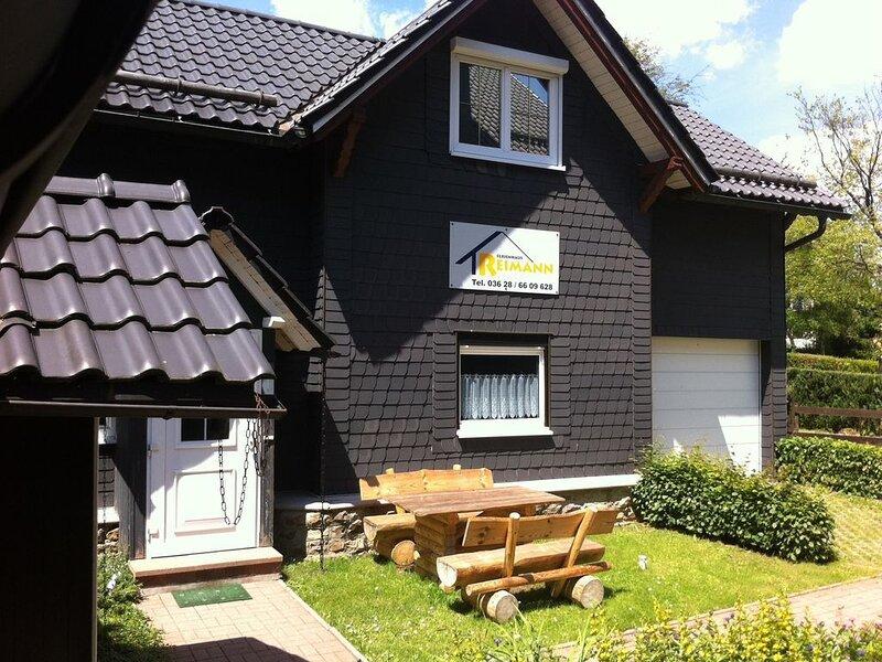 Das Ferienhaus befindet sich in Oberhof., holiday rental in Stutzerbach