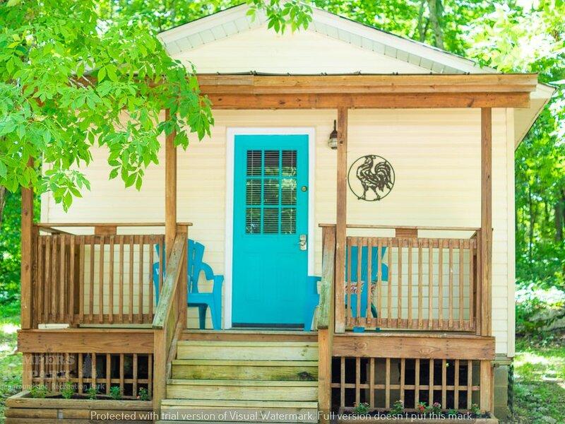 Nashville, Franklin, Brentwood, Spring Hill - Rustic Cabin 4 CAMPERS RV PARK, holiday rental in Spring Hill