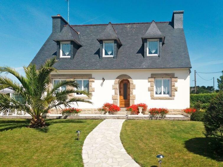 Ferienhaus Gueradur (PBU303) in Pleumeur Bodou - 7 Personen, 4 Schlafzimmer – semesterbostad i Lannion