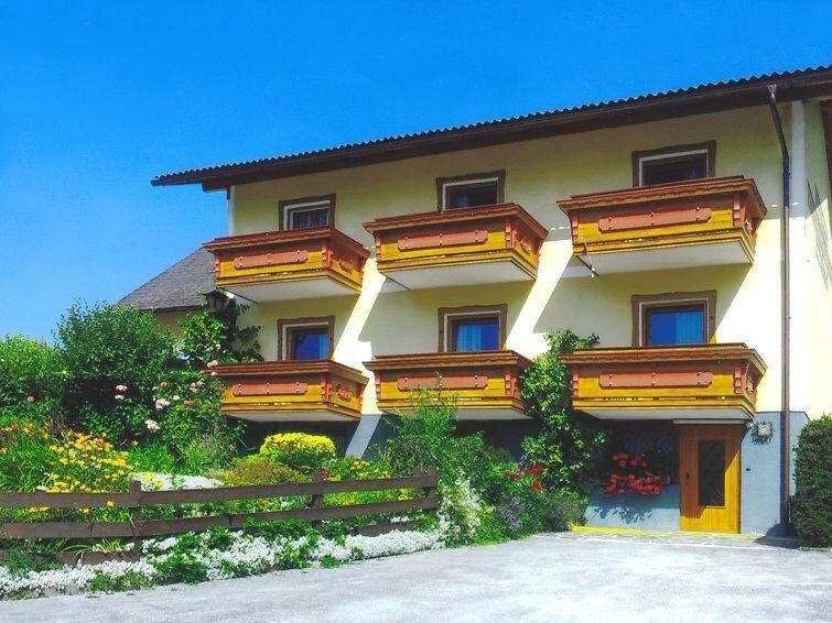 Ferienhaus Danklmeier (HAE150) in Haus - 10 Personen, 5 Schlafzimmer, holiday rental in Weissenbach
