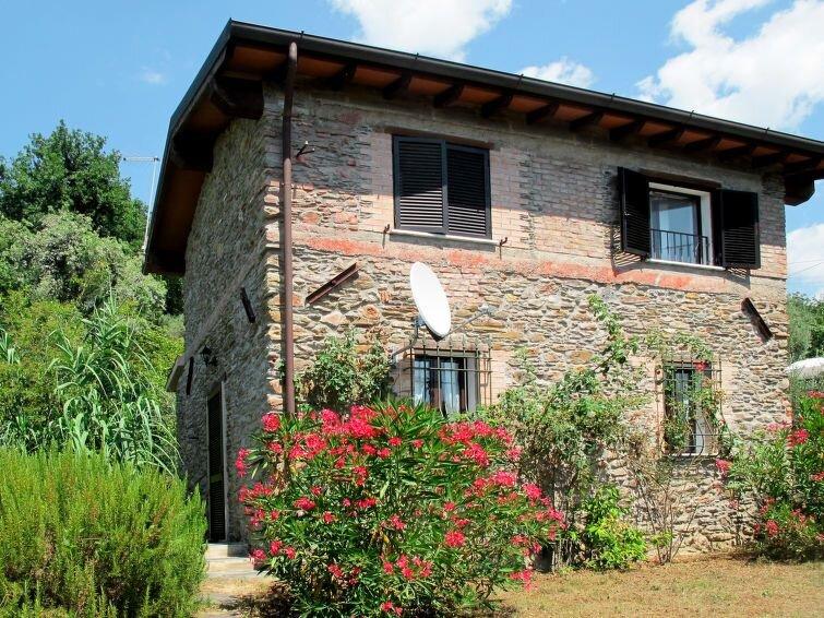 Ferienhaus San Rocco (CTO601) in Montignoso - 4 Personen, 2 Schlafzimmer, location de vacances à Antona