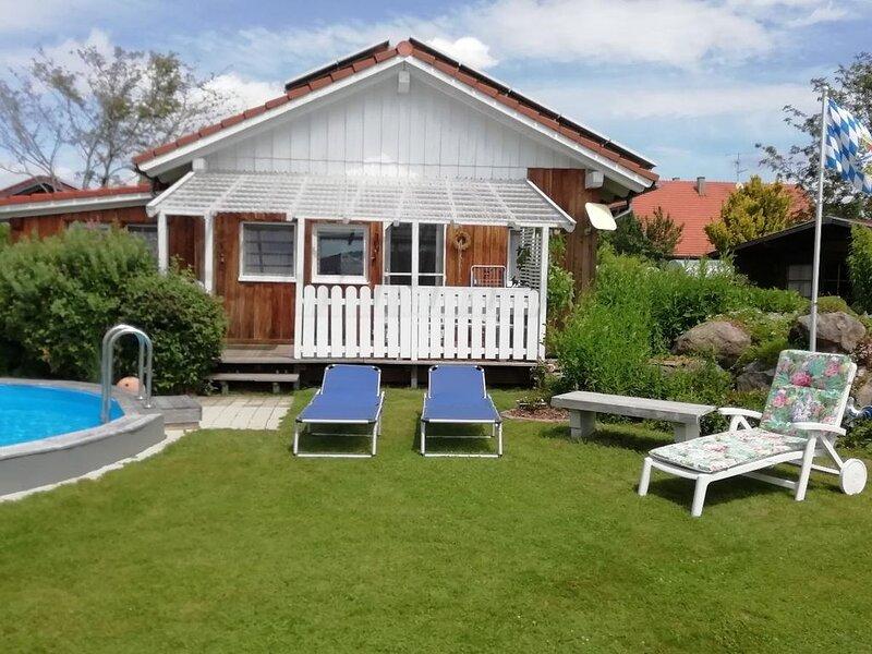 Gemütliche 40qm Ferienwohnung mit Terrasse, location de vacances à Neureichenau