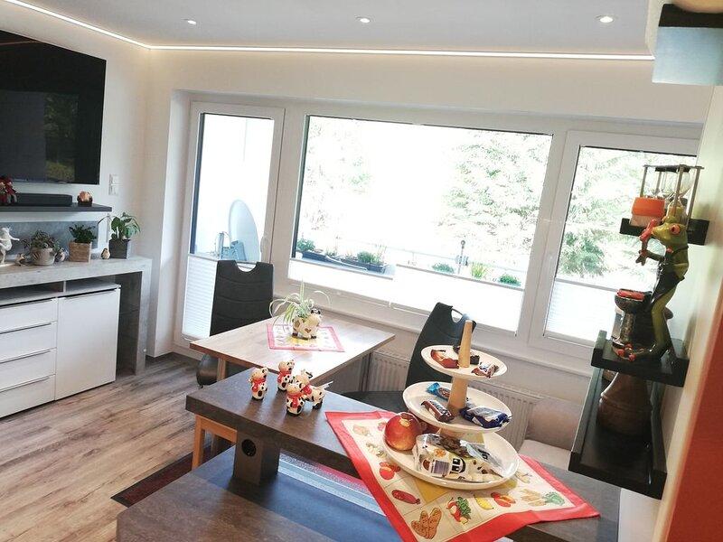 Ferienwohnung, 27qm, 1 Wohn-/Schlafzimmer, max. 2 Erwachsene und 2 Kinder, mit B, holiday rental in Brigach