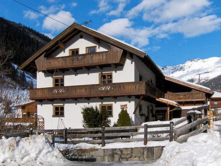 Ferienwohnung Haflingerhof Almrose (KNT102) in Feichten im Kaunertal - 6 Persone, vacation rental in St. Leonhard im Pitztal