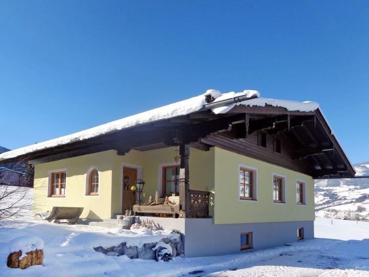 Vacation home Ferienhaus Erlachhof  in Niedernsill, Salzburg and surroundings -, holiday rental in Enzingerboden