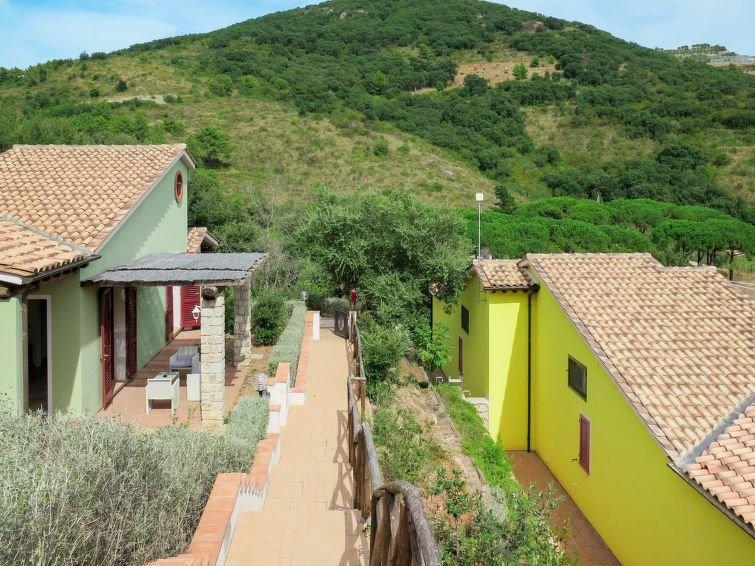 Ferienhaus Villaggio Mezzo Ortano (RIO260) in Rio Marina - 5 Personen, 2 Schlafz, vacation rental in Rio Nell'Elba