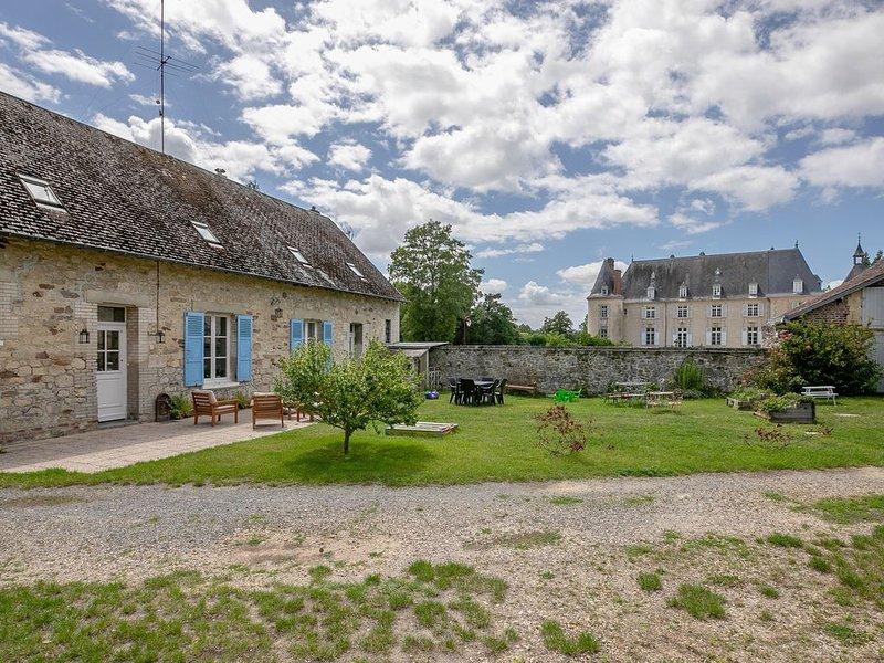 GITE DE LIZY - jolie longère rénovée en campagne - Lizy, vacation rental in Aisne