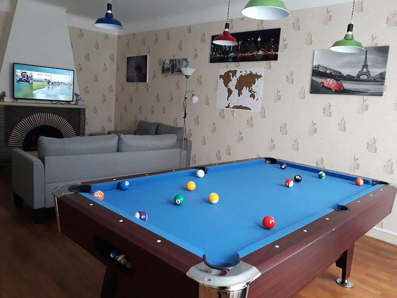 Maison spacieuse en bord de rivière, alquiler de vacaciones en Montmorillon