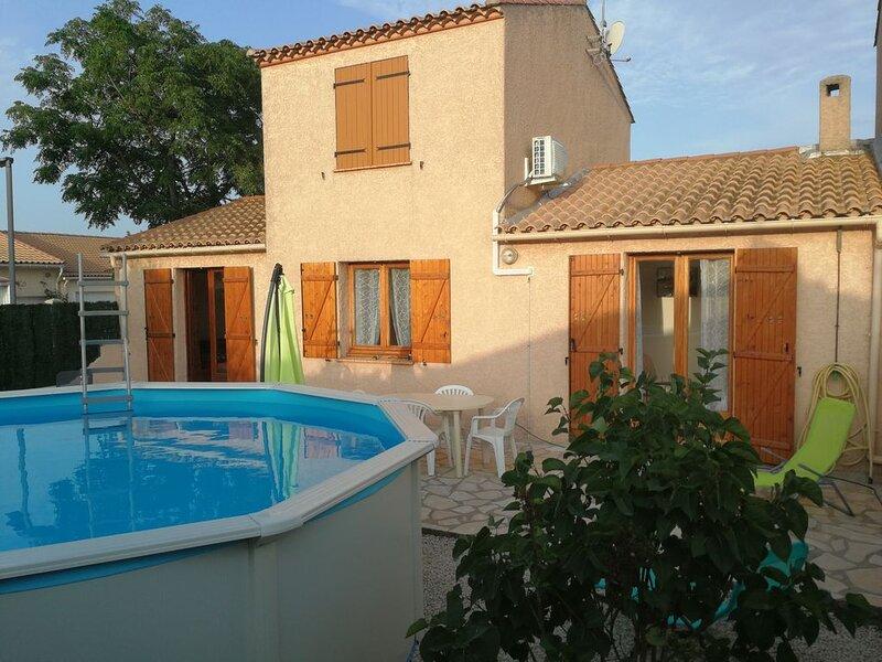 Villa 'Esprit du sud' proche de Valras-plage, quartier calme, location de vacances à Lespignan