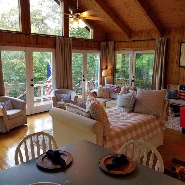 New Listing- The Ridge at Lake Rabun, holiday rental in Wiley
