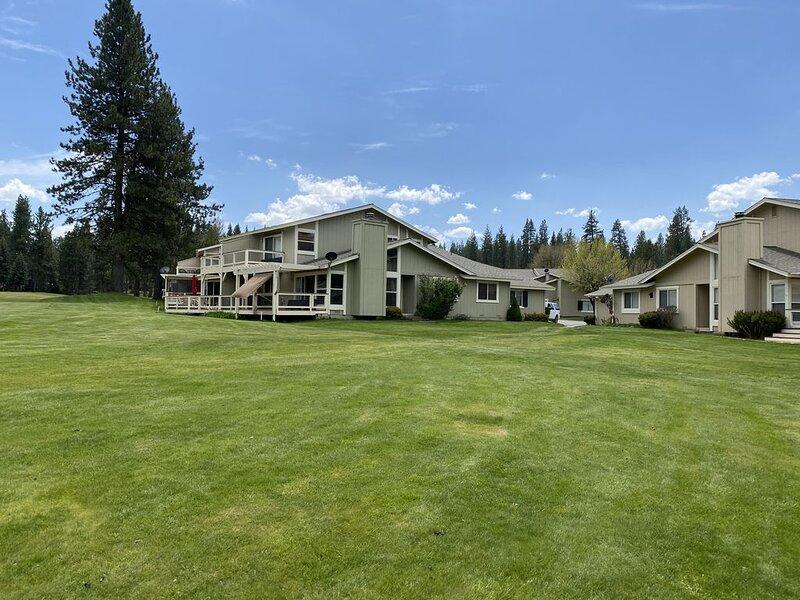 Golf Paradise Getaway - Sleeps 8!, vacation rental in Sierra City