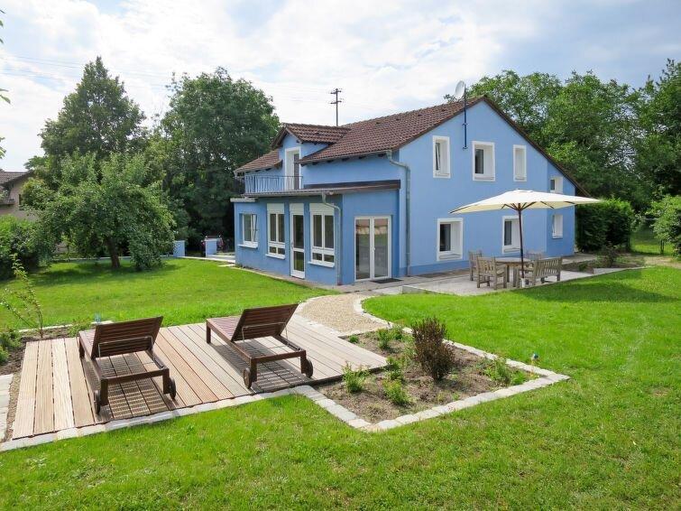 Ferienhaus Das Blaue Haus (LAH110) in Langenaltheim - 8 Personen, 4 Schlafzimmer, holiday rental in Treuchtlingen