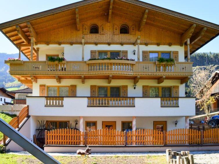 Ferienwohnung Morgensonne (ZAZ555) in Zell am Ziller - 6 Personen, 2 Schlafzimme, location de vacances à Aschau im Zillertal