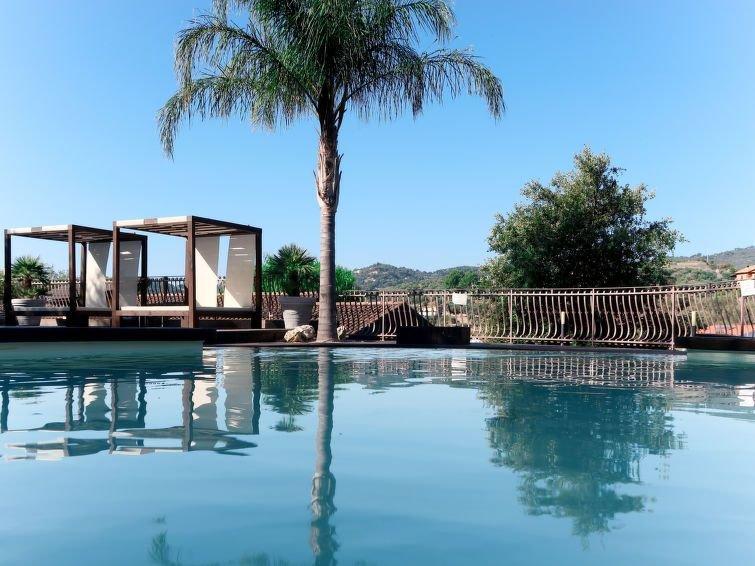 Ferienhaus Villa Monterosso (IMP420) in Imperia - 10 Personen, 4 Schlafzimmer, holiday rental in Pontedassio