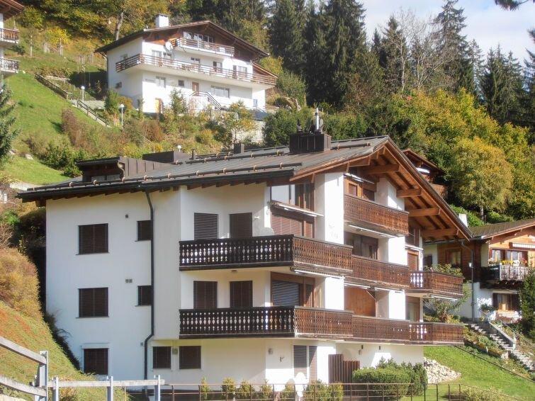 Ferienwohnung BergSicht (LAA300) in Laax - 4 Personen, 1 Schlafzimmer, vacation rental in Laax