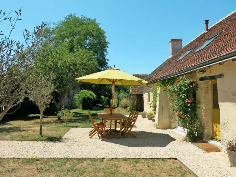 Vacation home in Monteaux, Valley of Loire and Indre - 6 persons, 3 bedrooms, location de vacances à Mosnes